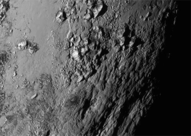 Todavía no habías visto la superficie de Plutón así: en 3D