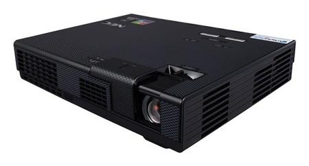 NEC NP-L102W, proyector LED portátil de alta luminosidad
