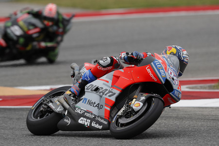 Andrea Dovizioso domina en Francia con una décima de ventaja sobre Marc Márquez