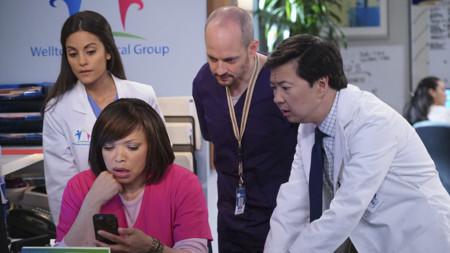 ABC quiere que suframos más al 'Dr. Ken' encargando temporada completa