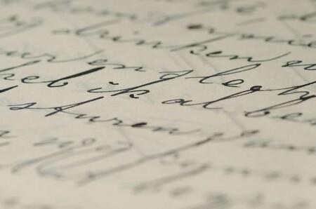 La escritura a mano ayuda a las personas a aprender ciertas habilidades sorprendentemente más rápido