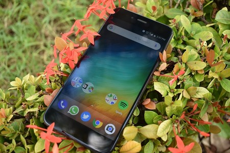 Xiaomi quiere vender más en México: el Mi A1 llega a Coppel, pero con menos memoria de almacenamiento