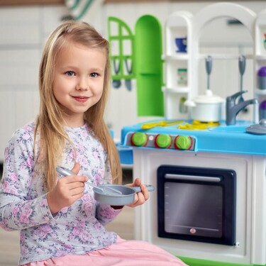 Jugar a las cocinitas: siete grandes beneficios para el desarrollo de los niños de este clásico juego infantil