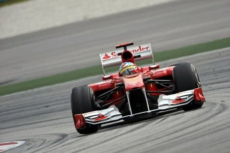 GP de Malasia F1 2011: Fernando Alonso arriesgó en Malasia