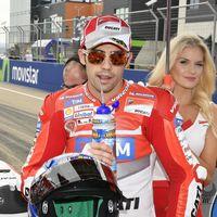 Michele Pirro prueba la Ducati GP17 de Jorge Lorenzo en Cheste