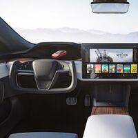 Tesla activa el cambio de marchas táctil: por qué nos parece una malísima idea