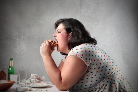 Hacer sentir mal a quienes tienen sobrepeso conduce a un mayor aumento de peso