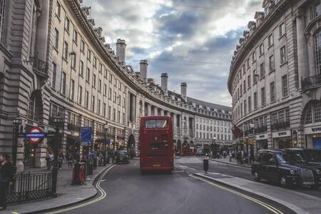 London 526246 1920