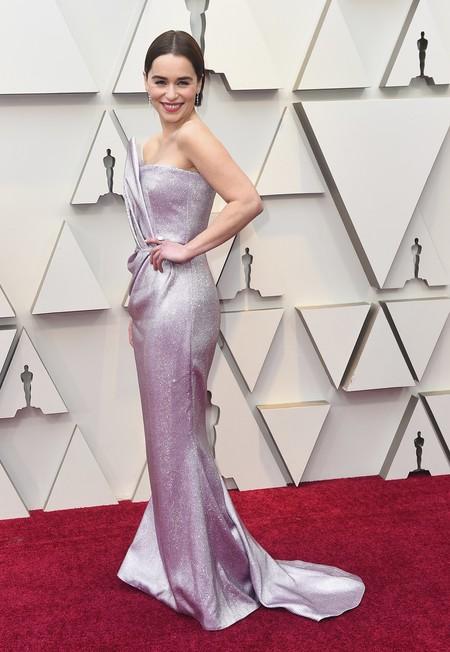Premios Oscar 2019: Emilia Clarke vuelve a cambiar de look (y nos sigue encantando)