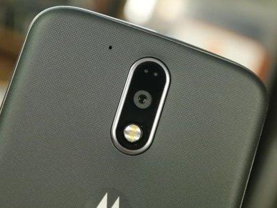 El Moto X que ahora será Moto M, o cómo Lenovo está acabando con la esencia de Motorola