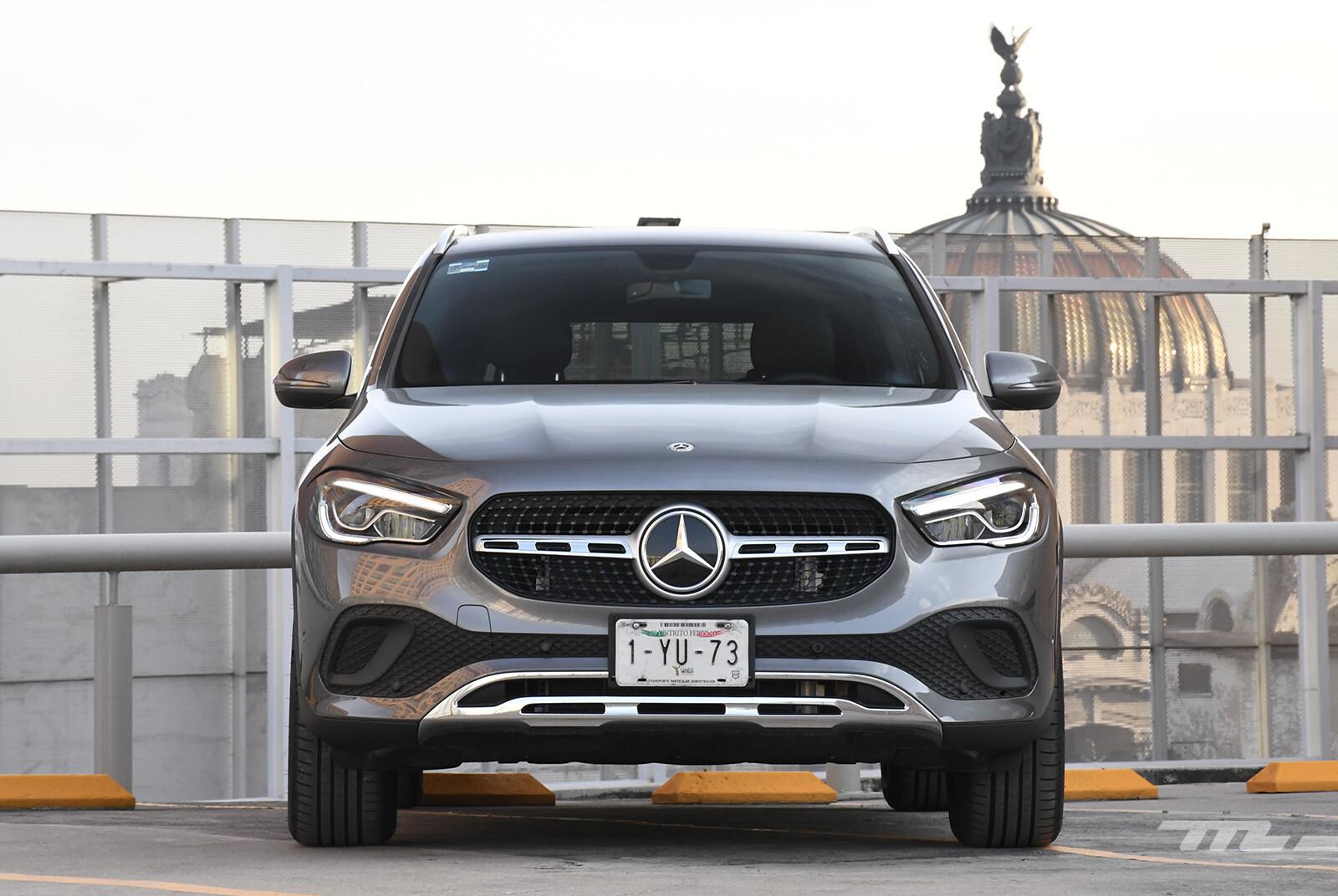 Foto de Mercedes-Benz GLA 200 (prueba) (2/30)