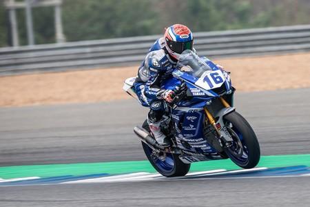 Jules Cruzel gana en Supersport sobre Randy Krummenacher en una acalorada última vuelta en Tailandia