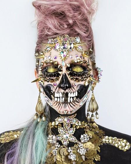 Saca a relucir el esqueleto que llevas dentro con estos 21 maquillajes de Halloween
