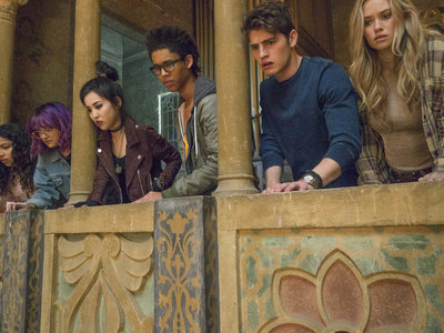 El comienzo de 'Runaways' se atasca en su mezcla de drama adolescente y de superhéroes