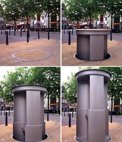 Baños en zonas públicas que se esconden bajo tierra
