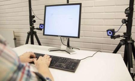 Estudio prueba que no necesitas usar todos los dedos para escribir rápido en el computador
