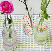 Recicladecoración: decora botellas con cinta adhesiva