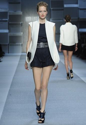 Karl Lagerfeld, Primavera-Verano 2010 en la Semana de la Moda de París III