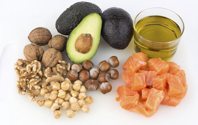 Una dieta equilibrada pueda incluir abundantes grasas