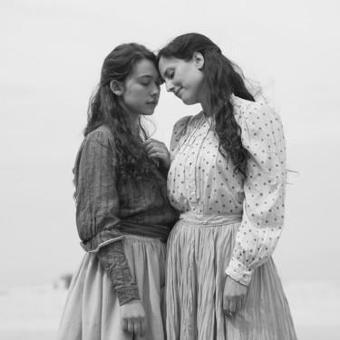Elisa y Marcela: cinco razones para enamorarte de la película de Netflix sobre el primer matrimonio de dos mujeres en España