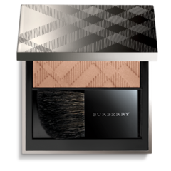 Foto 6 de 12 de la galería coleccion-burberry-beauty-sobriedad-y-elegancia-para-esta-primavera-verano-2011 en Trendencias