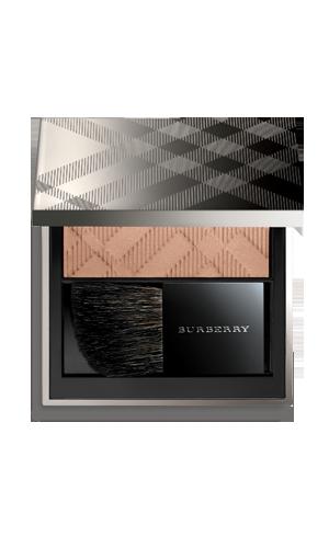 Colección Burberry Beauty, sobriedad y elegancia para esta primavera-verano 2011