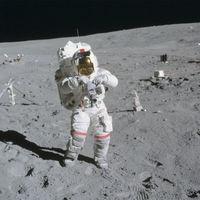 """La ESA va a investigar nuestra """"alergia"""" a la Luna tras 46 años de la última vez que el ser humano la pisó"""