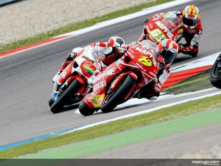 Álvaro Bautista con Suzuki y Héctor Barberá con Ducati Aspar en 2010