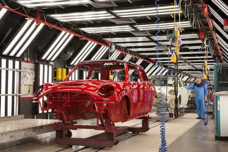 MINI prevé una nueva caída de ventas de coches que amenaza el empleo: baraja despedir a 400 trabajadores