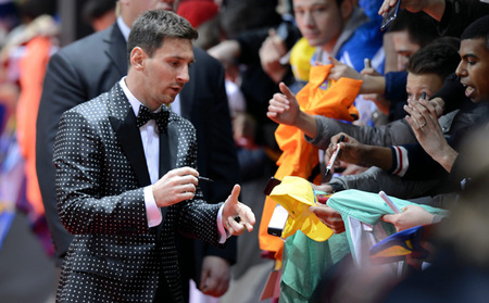 De los lunares de Messi, a las WAG en el Balón de Oro, ¡un no parar!
