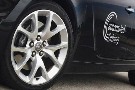 GM planea vender coches con conducción automatizada para el 2017