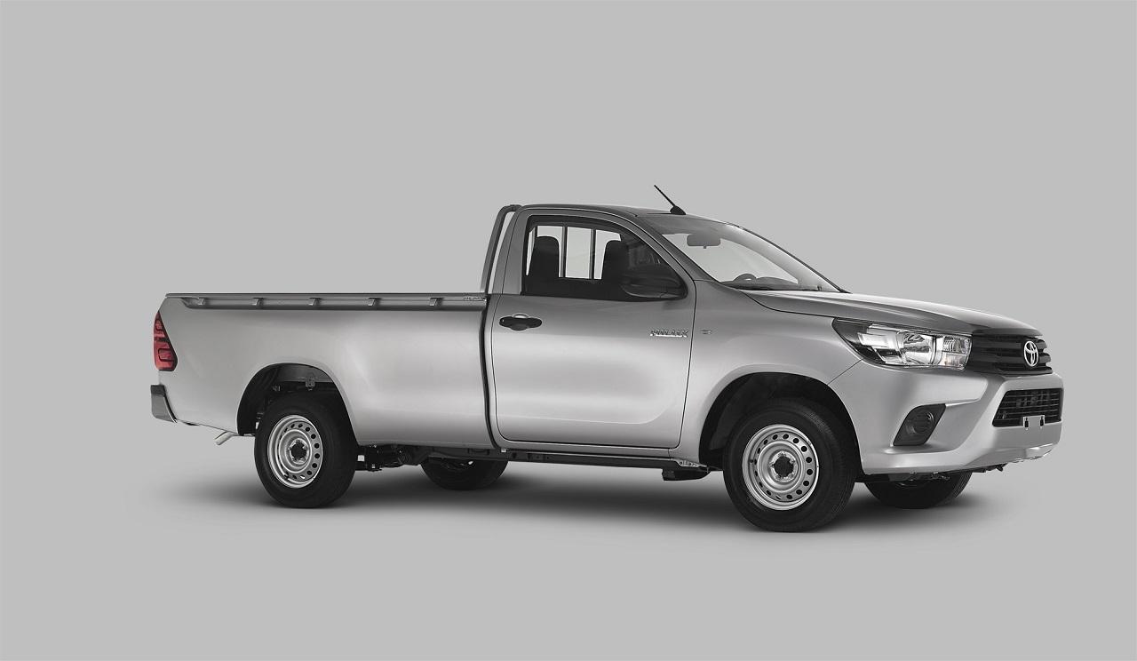 Toyota Hilux 2016 8 12