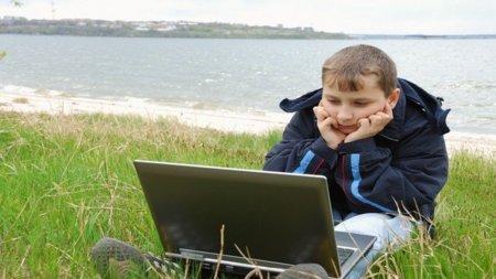 adicto a Internet joven