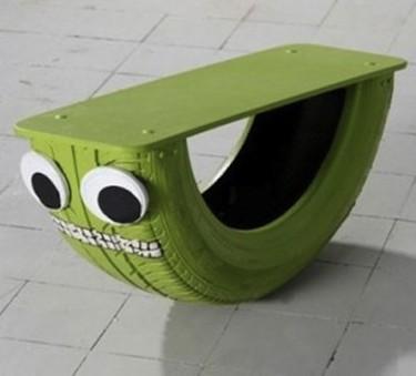 Una buena idea: fabrica un balancín a partir de un neumático viejo