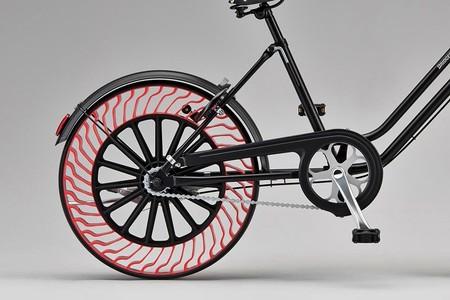 Bridgestone Airless 2