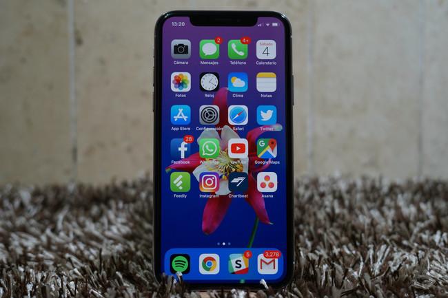 Más detalles de los iPhone de 2018: FaceID, el mismo diseño del iPhone X y doble SIM, según Bloomberg