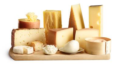 Los 7 quesos suizos imprescindibles para los amantes queseros