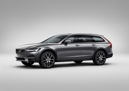 Volvo V90 Cross Country Studio