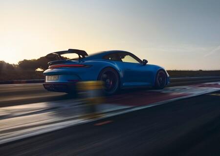 Porsche 911 Gt3 2022 1600 09