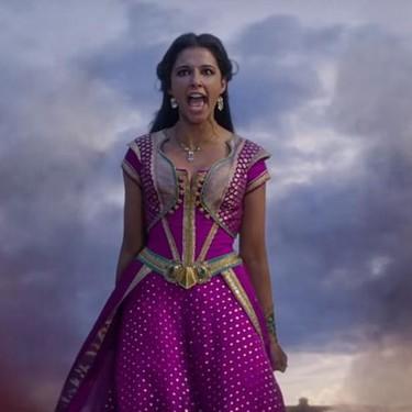 El momento empoderador de Jasmine en 'Aladdin' está creado casi a imagen y semejanza de 'Frozen'