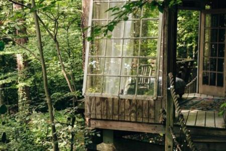 casas en los árboles de Peter Bahouth