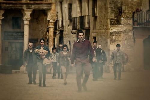 Sitges 2020: '30 monedas'. La serie de Alex de la Iglesia en HBO ofrece una descomunal orgía de terror puro y libre