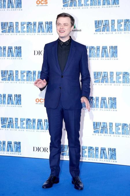 Dane Dehaan De Dior Homme Y En Azul Para La Premiere De Valerian En Paris 2