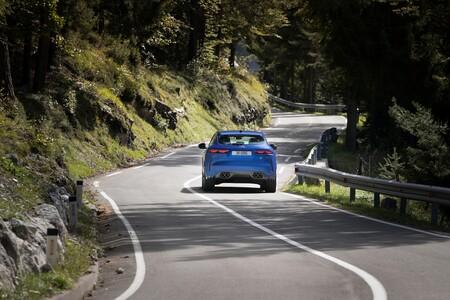 Jaguar F Pace Svr 2021 010
