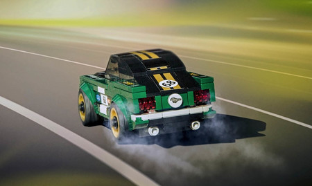 Ford Mustang fastback Lego Speed Champions