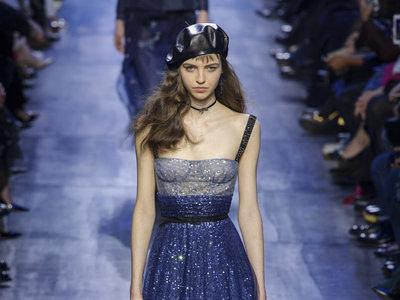 """""""Solamente el azul marino puede competir con el negro y ofrecer las mismas ventajas"""". Así es lo próximo de Dior, por Maria Grazia"""