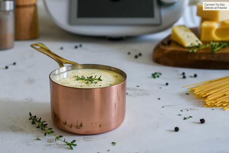 Cómo hacer salsa cuatro quesos para pasta y mucho más: receta con y sin Thermomix