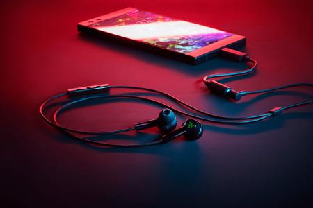 Razer Hammerhead Duo: unos auriculares que apuestan por el cable como método de conexión para las largas horas de juego