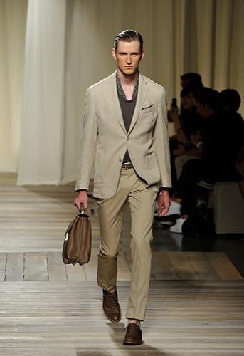 Ermenegildo Zegna, Primavera-Verano 2010 en la Semana de la Moda de Milán II