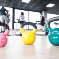 Un repaso por los aparatos que nos permitirán entrenar con pesos libres
